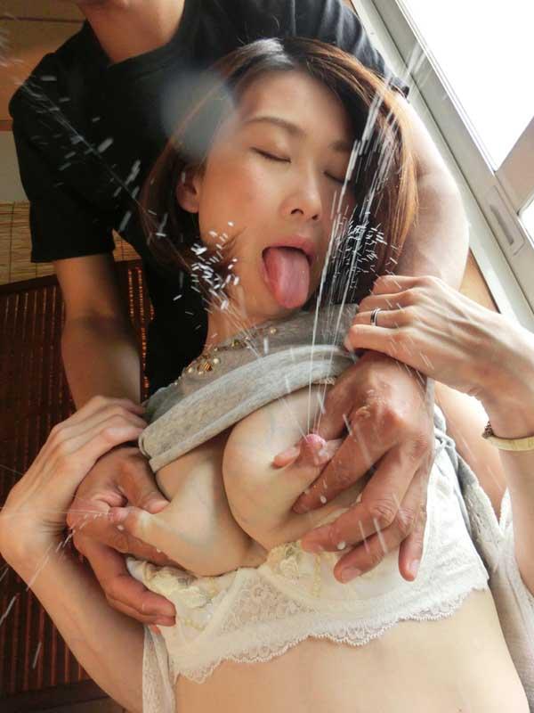 母乳ママの交尾11 WBW011