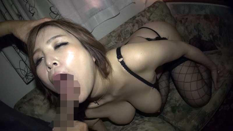 半外半中デカ尻巨乳熟妻 JKW-012